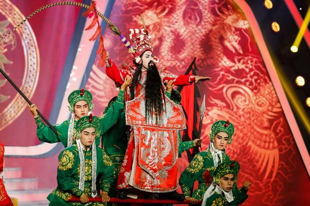 Gương mặt thân quen: Duy Khánh đăng quang Quán quân, Hà Hồ mang bản hit mới đốt cháy sân khấu - Ảnh 19.