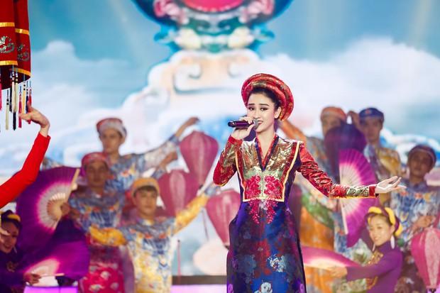 Gương mặt thân quen: Duy Khánh đăng quang Quán quân, Hà Hồ mang bản hit mới đốt cháy sân khấu - Ảnh 11.