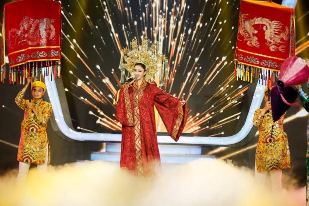 Gương mặt thân quen: Duy Khánh đăng quang Quán quân, Hà Hồ mang bản hit mới đốt cháy sân khấu - Ảnh 12.