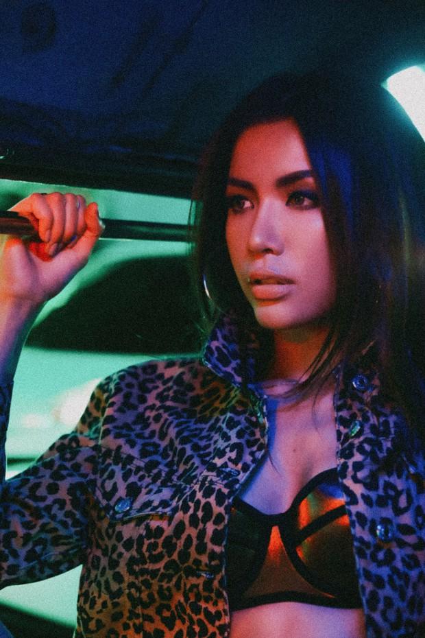 Minh Tú nói gì khi bị Asias Next Top Model lồng phụ đề tiếng Anh vào mỗi tập phát sóng? - Ảnh 5.