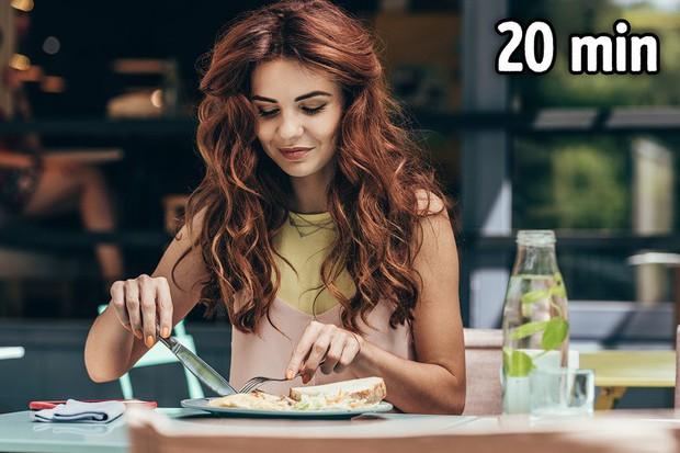 Tưởng chẳng liên quan nhưng 8 thói quen này lại giúp giảm cân nhanh đến bất ngờ - Ảnh 8.