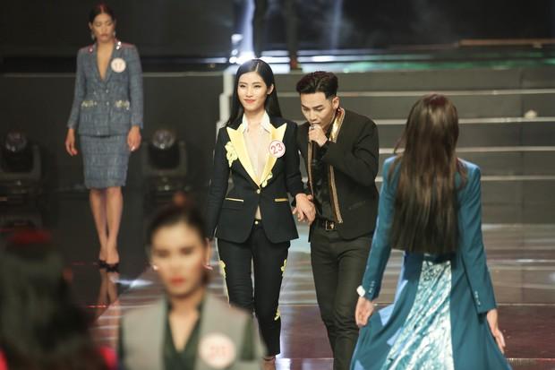 Thi Siêu mẫu Việt Nam nhưng người chiến thắng cuối cùng lại là một... Hoa hậu! - Ảnh 21.