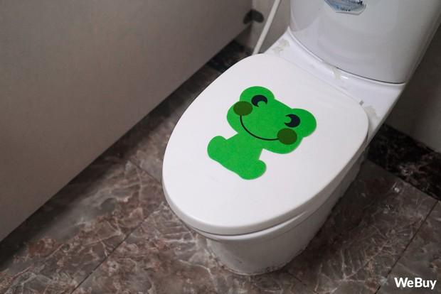 Có ai ngờ miếng dán chú ếch xanh nhìn vô dụng này lại chính là siêu nhân trong lĩnh vực hút mùi - Ảnh 6.