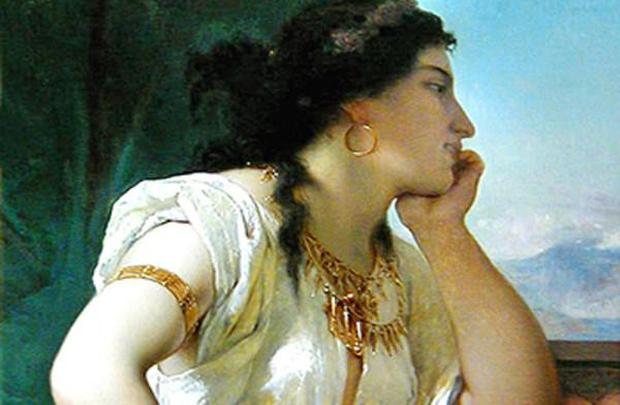 10 phụ nữ đẹp bậc nhất phương Tây: Có người bị chồng yêu cầu khỏa thân cưỡi ngựa - Ảnh 2.