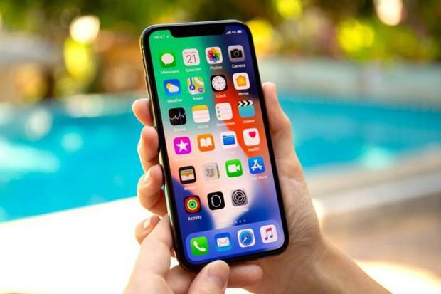 Trước thềm sự kiện iPhone 2018, cùng xem 12 thế hệ iPhone trước đó đã tiến hóa thế nào trong hơn 1 thập kỷ qua! - Ảnh 12.