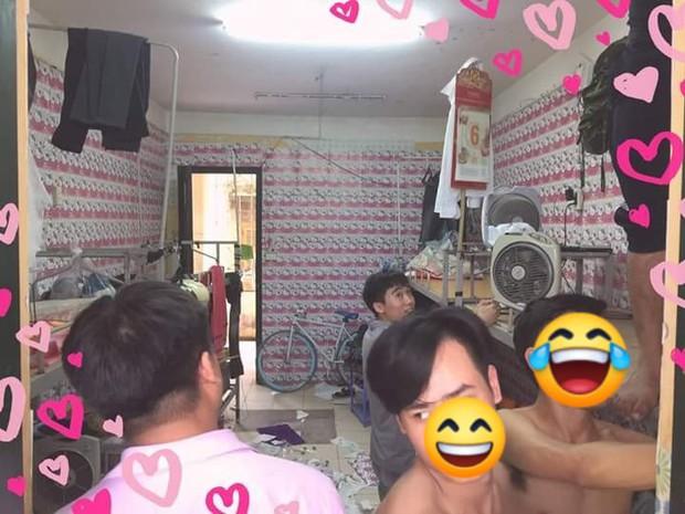 Hội những chàng trai nam tính yêu màu hồng: Chạy khắp Hà Nội mua hình Hello Kitty về dán kín ký túc xá - Ảnh 2.