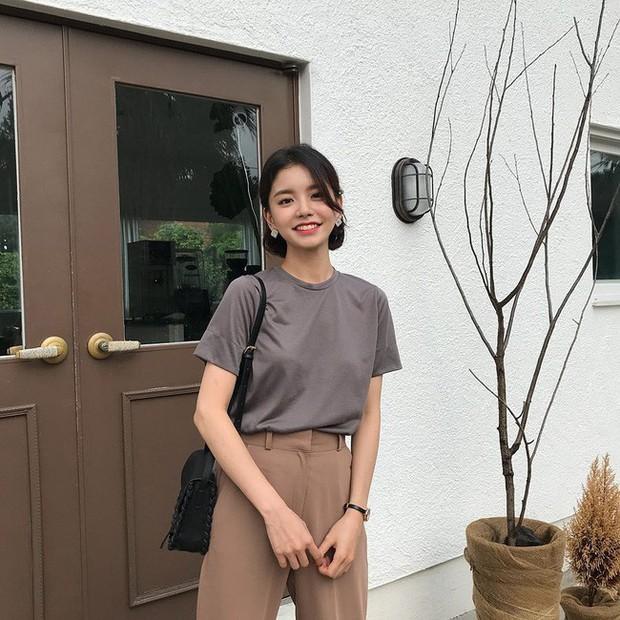 Muốn diện đồ đơn giản mà không bị nhàm chán, các nàng hãy ngắm qua street style Châu Á tuần này xem sao - Ảnh 2.