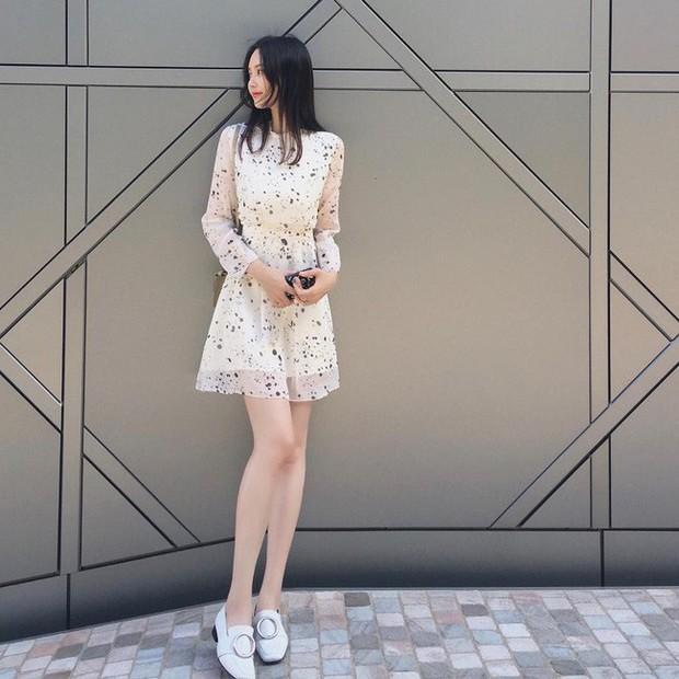 Muốn diện đồ đơn giản mà không bị nhàm chán, các nàng hãy ngắm qua street style Châu Á tuần này xem sao - Ảnh 12.