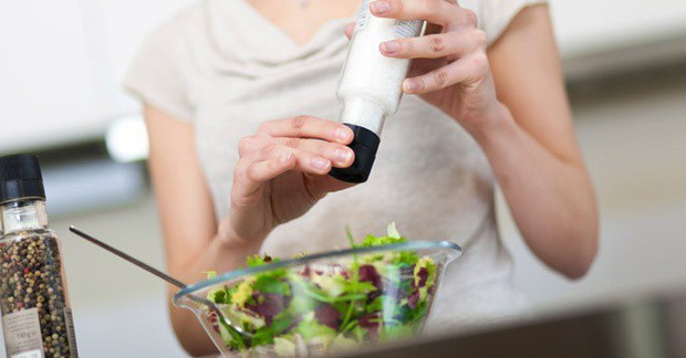 Tình trạng đau bụng ngày đèn đỏ sẽ biến mất nếu bạn duy trì những thói quen ăn uống sau đây - Ảnh 2.