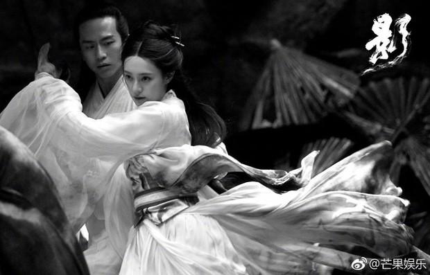 Điện ảnh Hoa ngữ tháng 9 gây choáng với sự đổ bộ của dàn sao TVB đình đám một thời - Ảnh 5.