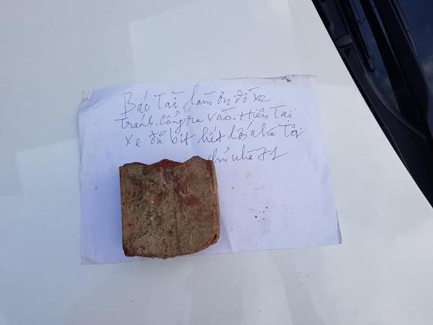 Mẩu giấy nhắn cùng lời cảnh báo đầy sức nặng gửi tài xế đậu xe chắn cửa nhà khiến nhiều người gật gù đồng tình - Ảnh 4.