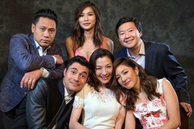 Crazy Rich Asians: Còn hơn cả một phim giải trí về hội con nhà giàu châu Á! - Ảnh 8.