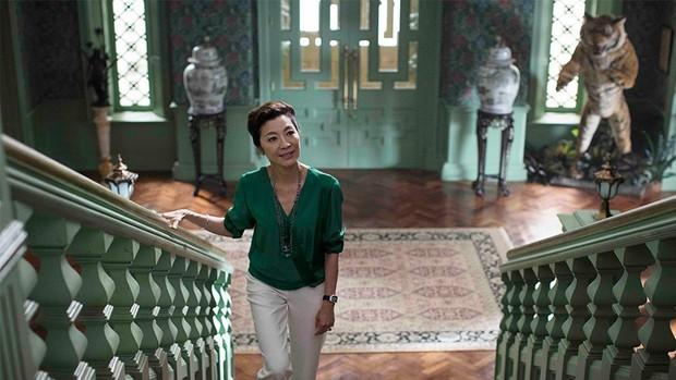Crazy Rich Asians: Còn hơn cả một phim giải trí về hội con nhà giàu châu Á! - Ảnh 6.