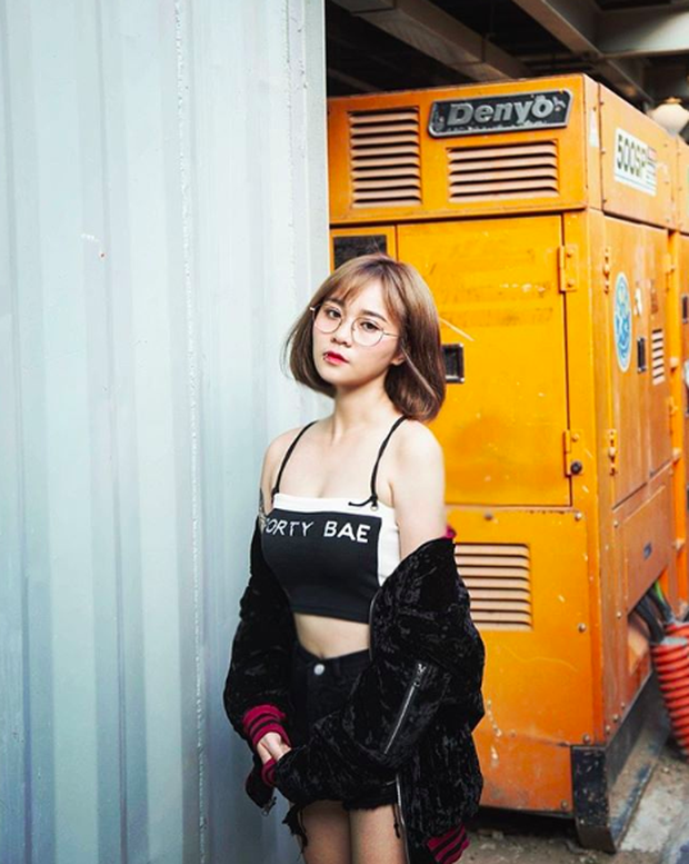 Trong các streamer nữ Việt Nam, ai là người sở hữu thân hình và phong cách gợi cảm nhất? - Ảnh 3.