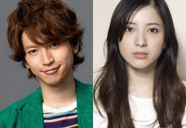 Idol đình đám Nhật Bản lộ ảnh tình một đêm nhạy cảm với gái bồi rượu quán bar - Ảnh 3.
