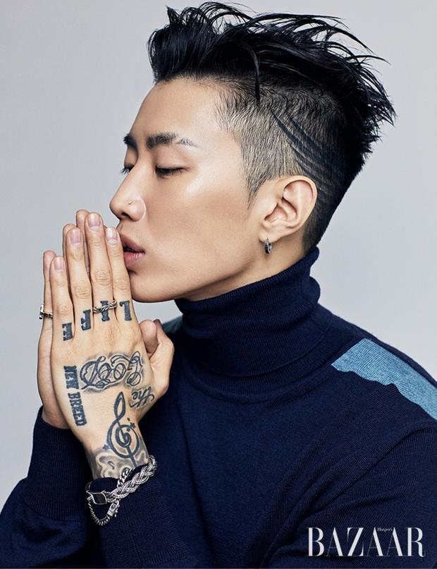 Kpop cứ 5 năm 1 lần lại chứng kiến toàn sự kiện chấn động: Nhóm nhạc quốc dân mất thành viên; kiện tụng, scandal khiến loạt idol rút khỏi làng giải trí - Ảnh 4.