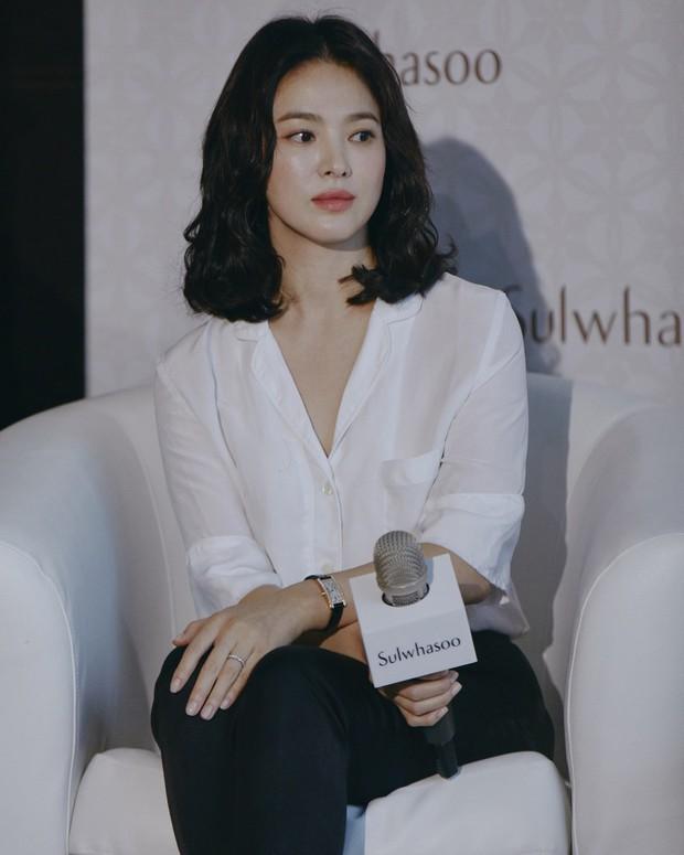 """Nếu bí ý tưởng F5 cho mái tóc mùa thu này, các nàng hãy ngắm qua 4 kiểu tóc """"ruột"""" của các mỹ nhân Hàn xem sao - Ảnh 1."""