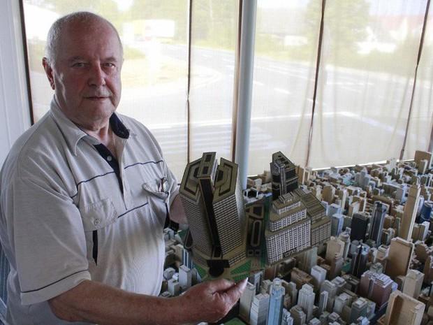 Choáng ngợp với mô hình thành phố mini siêu chi tiết được tạo nên bởi cụ ông 78 tuổi trong suốt hơn 65 năm - Ảnh 14.