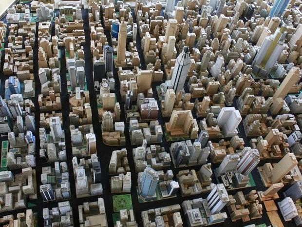 Choáng ngợp với mô hình thành phố mini siêu chi tiết được tạo nên bởi cụ ông 78 tuổi trong suốt hơn 65 năm - Ảnh 16.