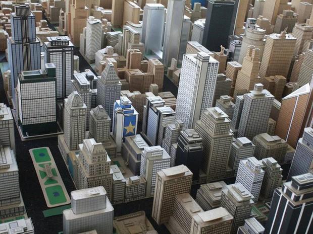 Choáng ngợp với mô hình thành phố mini siêu chi tiết được tạo nên bởi cụ ông 78 tuổi trong suốt hơn 65 năm - Ảnh 9.