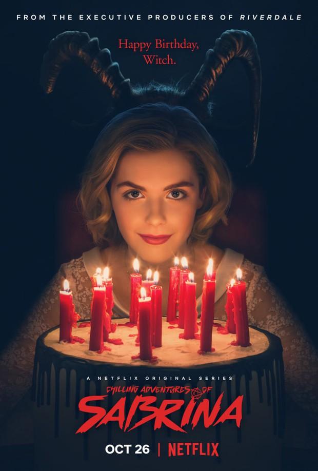 Cô phù thuỷ nhỏ Sabrina mừng sinh nhật 16 tuổi bằng phiên bản Netflix rùng rợn - Ảnh 2.