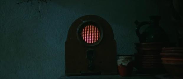 17 bài học cuộc sống hữu ích khi xem phim kinh dị The Nun - Ảnh 2.