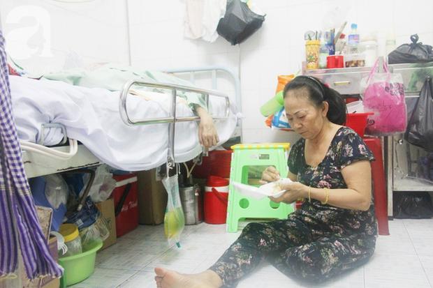 Xin cơm từ thiện suốt 2 năm, người mẹ nuôi con trai tật nguyền chỉ ước có một bữa no rồi chết cùng con - Ảnh 8.