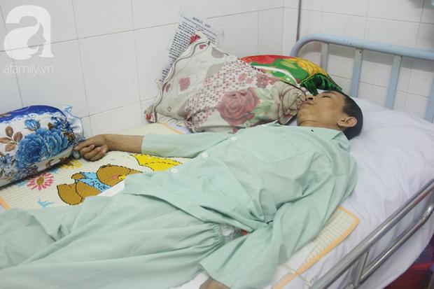 Xin cơm từ thiện suốt 2 năm, người mẹ nuôi con trai tật nguyền chỉ ước có một bữa no rồi chết cùng con - Ảnh 10.