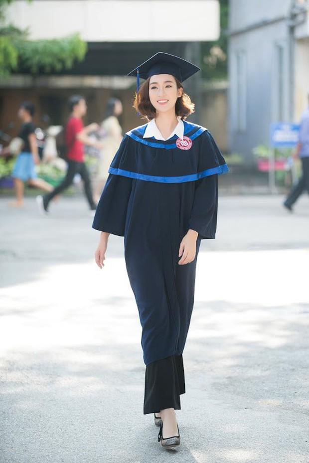 1 ngày trước khi hết nhiệm kỳ Hoa hậu Việt Nam, Đỗ Mỹ Linh rạng rỡ cùng bạn bè nhận bằng tốt nghiệp Đại học - Ảnh 5.