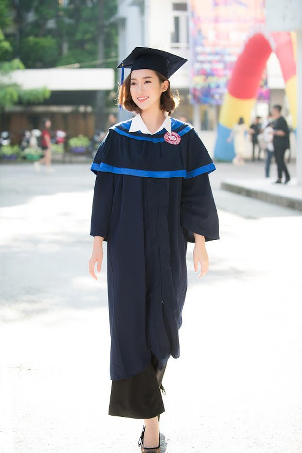 1 ngày trước khi hết nhiệm kỳ Hoa hậu Việt Nam, Đỗ Mỹ Linh rạng rỡ cùng bạn bè nhận bằng tốt nghiệp Đại học - Ảnh 6.