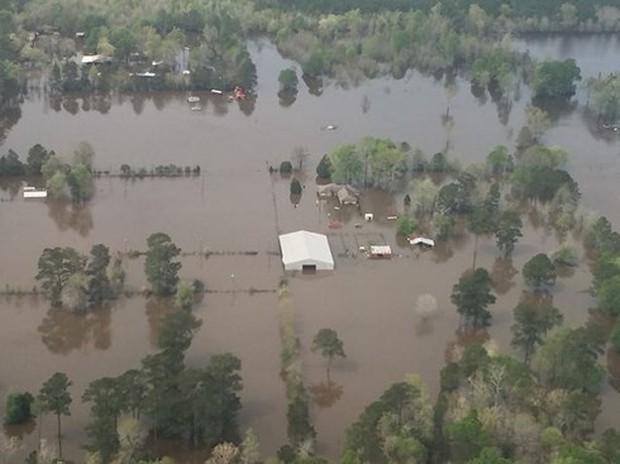 Ít nhất 7 người thiệt mạng do bão ở Mỹ - Ảnh 1.