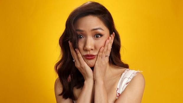Để đấu lại mẹ chồng tài phiệt khó tính, nữ chính Crazy Rich Asians đã đi nước cờ cao tay này đây - Ảnh 1.