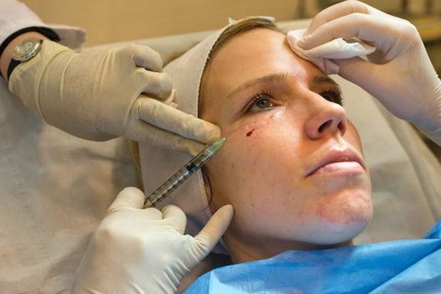 """""""Mặt nạ ma cà rồng"""": Giới chuyên gia đang khuyến cáo người sử dụng dịch vụ cần đi xét nghiệm HIV và viêm gan - Ảnh 3."""