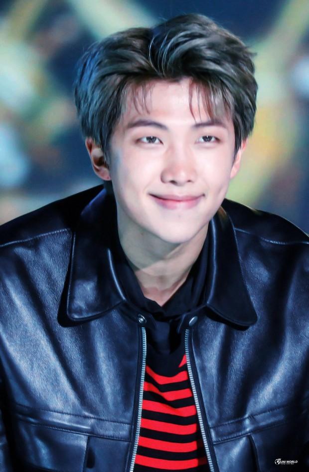Ông hoàng idol chính thức bị Jimin đánh bại sau 13 tháng, BTS thống trị top 10 BXH thần tượng nam hot nhất - Ảnh 4.