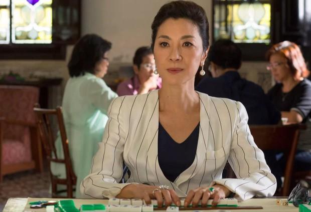 Để đấu lại mẹ chồng tài phiệt khó tính, nữ chính Crazy Rich Asians đã đi nước cờ cao tay này đây - Ảnh 7.