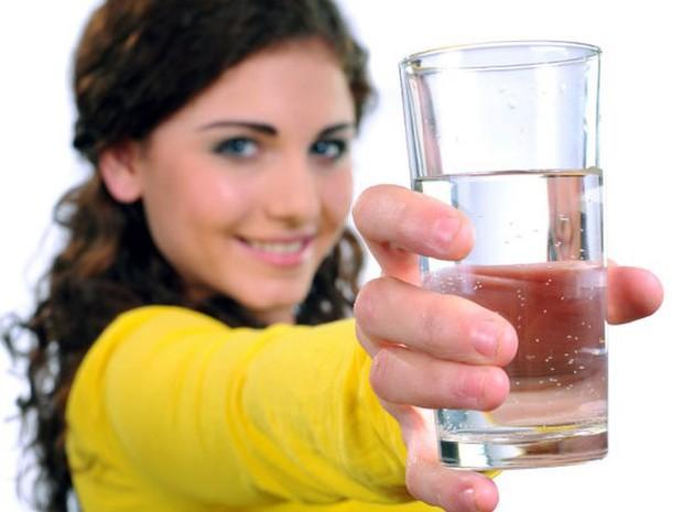 Lợi ích sức khỏe của việc uống nước nóng hàng ngày - Ảnh 8.