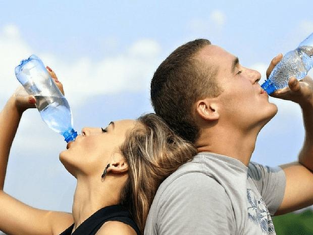 Lợi ích sức khỏe của việc uống nước nóng hàng ngày - Ảnh 10.