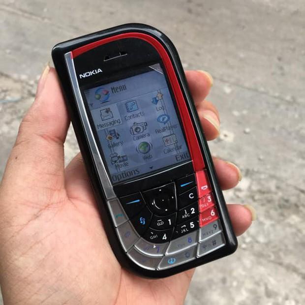 Trước khi có iPhone, những chiếc điện thoại này mới là huyền thoại hot hòn họt ai cũng mơ ước - Ảnh 9.