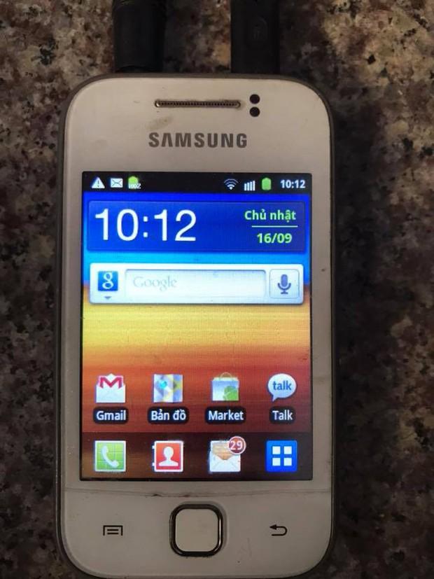 Trước khi có iPhone, những chiếc điện thoại này mới là huyền thoại hot hòn họt ai cũng mơ ước - Ảnh 1.
