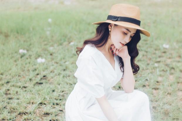 Quán quân The Voice 2018 Ngọc Ánh hát về nỗi lòng người thứ 3, bị Noo Phước Thịnh chê bánh bèo tan nát - Ảnh 2.