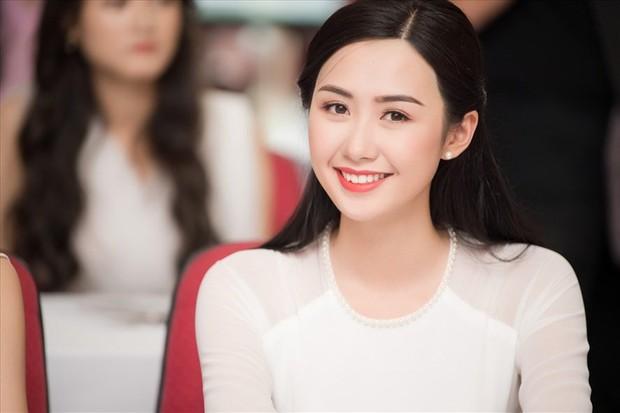 Đại học Ngoại thương, ngôi trường 4 lần đăng quang Hoa hậu Việt Nam có gì thú vị ngoài trai xinh gái đẹp? - Ảnh 3.