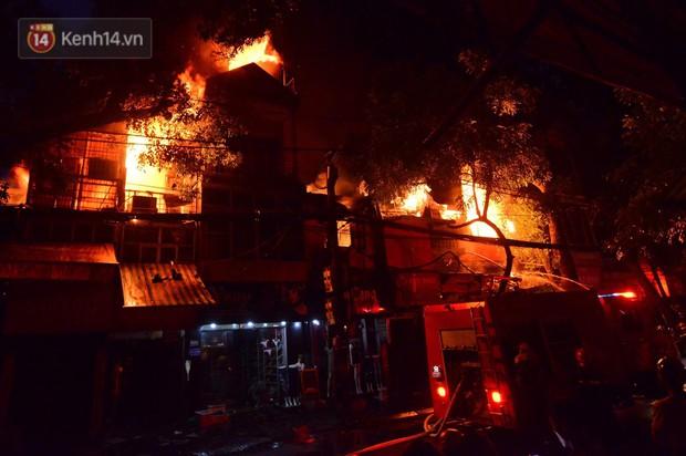Cháy ở Đê La Thành: Ông chủ khu trọ 15k/đêm nói gì sau vụ cháy - Ảnh 2.