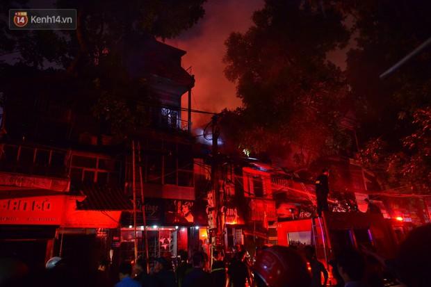 Cháy ở Đê La Thành: Ông chủ khu trọ 15k/đêm nói gì sau vụ cháy - Ảnh 8.