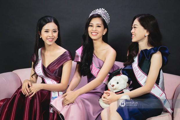 Tân Hoa hậu Việt Nam 2018 Trần Tiểu Vy chính thức phản hồi về clip đi chơi tại quán bar đang rầm rộ mạng xã hội - Ảnh 4.