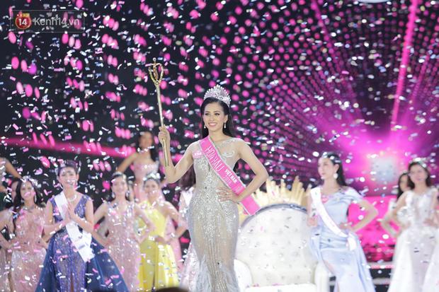 Những hình ảnh đáng yêu thời học sinh ngố tàu của tân Hoa hậu Việt Nam 2018 - Trần Tiểu Vy - Ảnh 1.