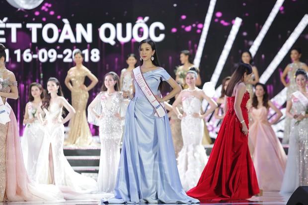 Soi học lực của Á hậu 2 Nguyễn Thị Thúy An: Sinh viên khoa Quản trị Kinh doanh và là Miss thân thiện của HUTECH - Ảnh 2.