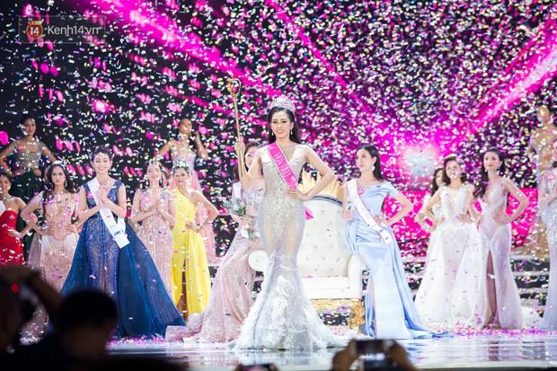 Vừa đăng quang, tân Hoa hậu Việt Nam Trần Tiểu Vy nhận được cơn mưa lời khen từ dân mạng - Ảnh 5.