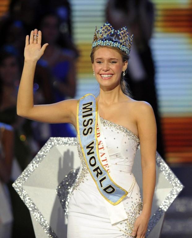 Chiêm ngưỡng nhan sắc của 3 người đẹp từng đăng quang Hoa hậu Thế giới ở tuổi 18 - Ảnh 8.
