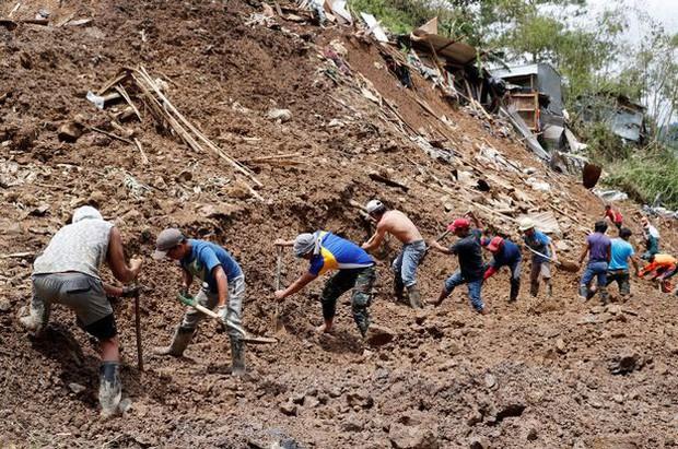 Ngăn thiệt hại về người do bão Mangkhut, Philippines cấm các hoạt động khai thác mỏ nguy hiểm - Ảnh 3.