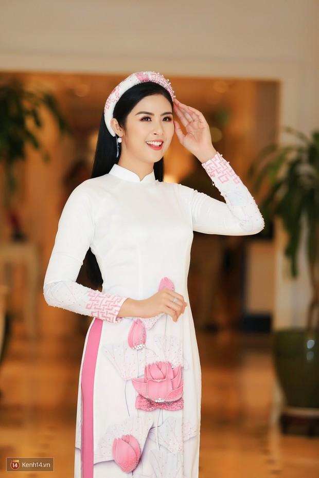 Trần Tiểu Vy đi thi hoa hậu vì được Hoa hậu Ngọc Hân thuyết phục - Ảnh 1.